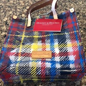 Dooney and Bourke Chatham lunch tote